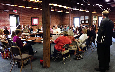Roundtables for Arts and Culture Organizations Meets in September